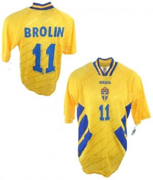 2b1721c485b Sweden jersey club shop memorabilia 20 Henrik Larrson 10 Ibrahimovic ...