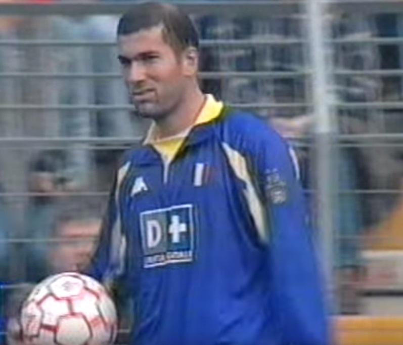 reputable site 23ff1 9ed2a Kappa Juventus Turin jersey 21 Zinédine Zidane 1998/99 CL ...