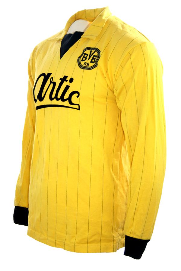 brand new 31185 33d90 Retro Borussia Dortmund jersey 1984/85 Artic home yellow BVB ...