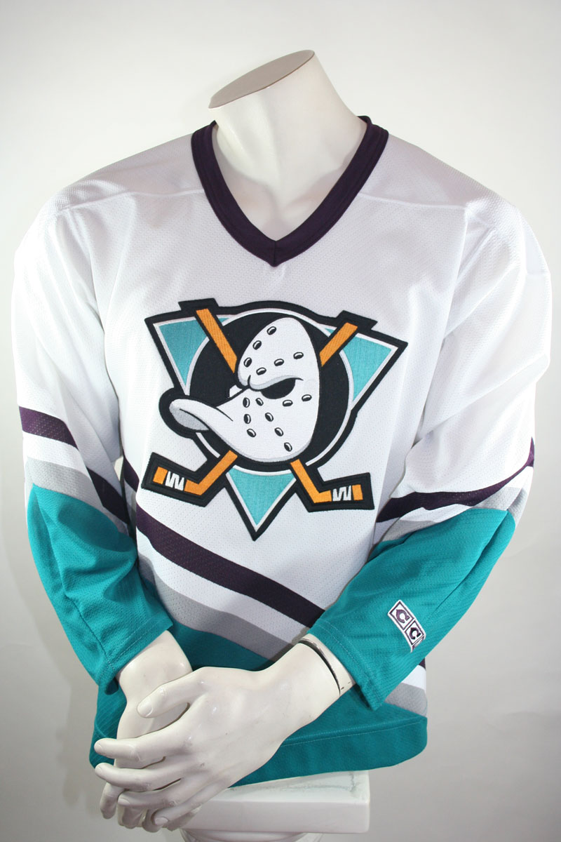 super popular 33f6b e8041 Anaheim Mighty Ducks jersey CCM NHL mens Small Walt Disney