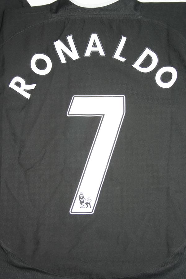 81ae289e5 Nike Manchester United jersey 7 Cristiano Ronaldo 2003 04 Vodafone away  men s L