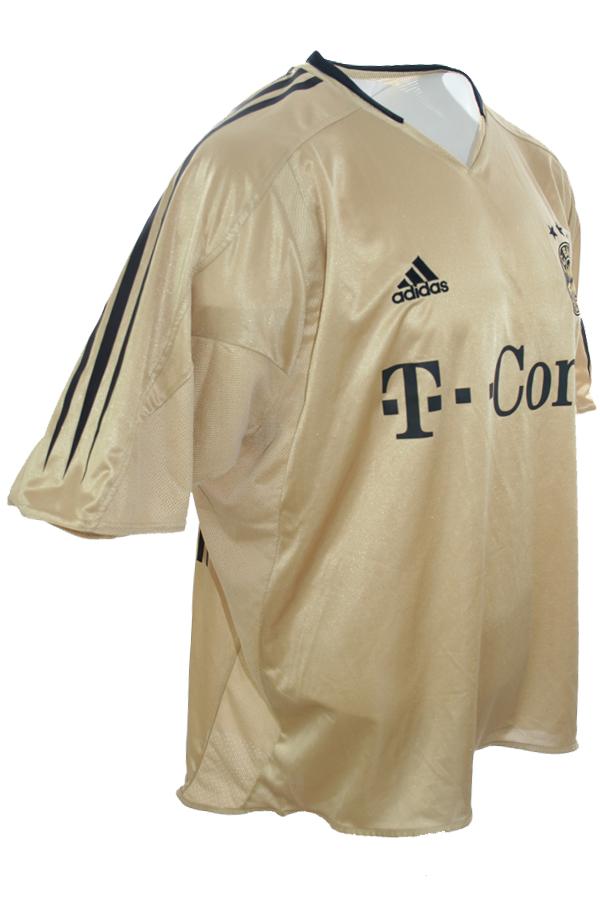 detailed look 09efb a9210 Adidas FC Bayern Munich jersey 10 Roy Makaay 2004/05 Gold ...