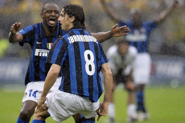 the latest 53a4b 00465 Nike Inter Milan jersey 8 Zlatan Ibrahimovic 2008/09 home ...