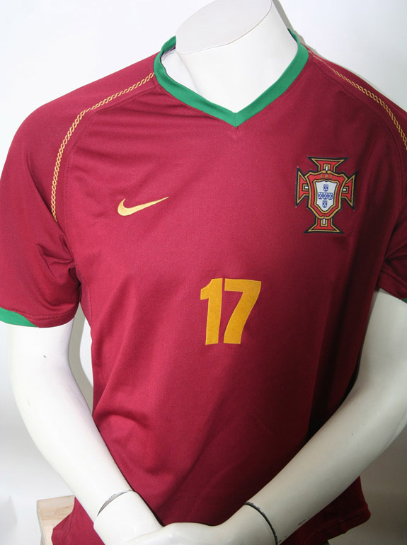Nike Portugal jersey 17 Cristiano Ronaldo WM 2006 home red Real Madrid men M