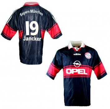 Fußball Bundesliga Trikot günsitig online kaufen & bestellen