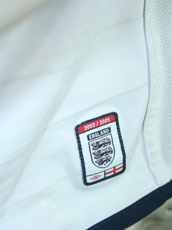Umbro England jersey Euro 2004 double side football shirt white men's M or XL